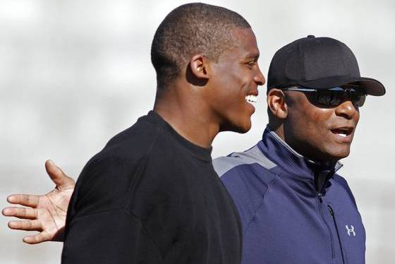 Cam Newton: Warren Moon's Controversial Comments Won't Help Panthers QB