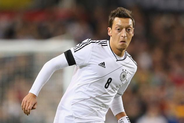 Ozil Banned from Wearing Adidas