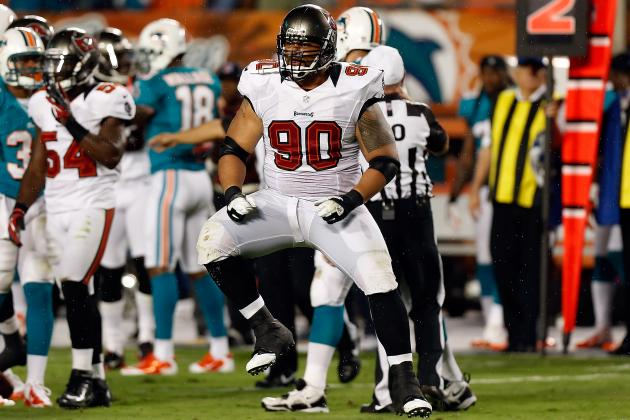 Tweak to DT Roy Miller Leads to Bucs' Success vs. Run, and More NFC South News