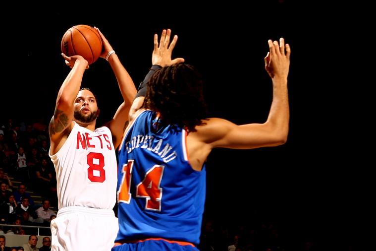 TNT'S Marv Albert Welcomes Pro Sports Back to Brooklyn