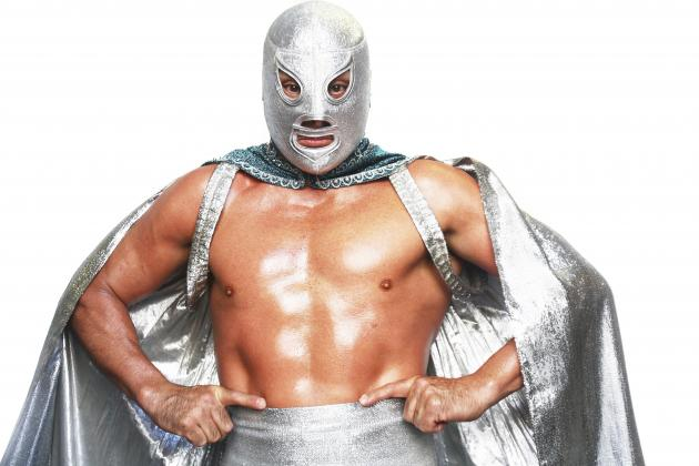 Why WWE Should Bring in Some Dynamic Mexican Luchadors