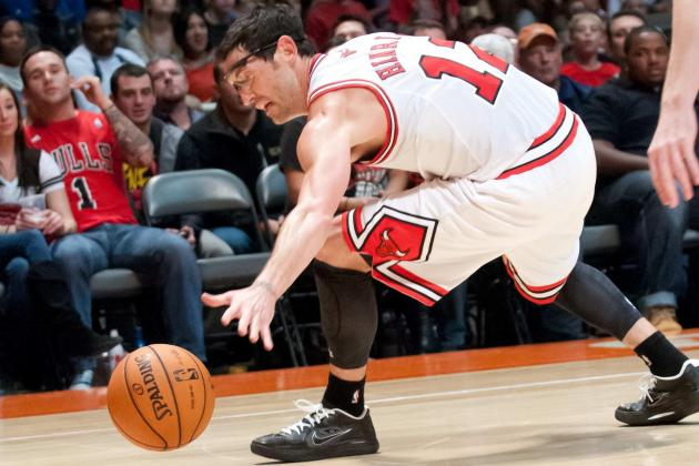 Derrick Rose: Bulls Star's Injury Makes Kirk Hinrich Fantasy Basketball Sleeper