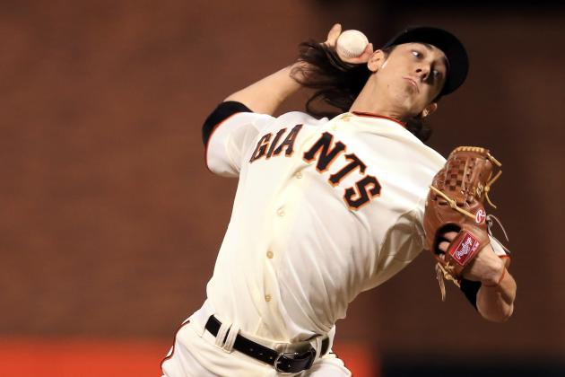 Tim Lincecum Available Only in an Emergency for Game 2, Bruce Bochy Says