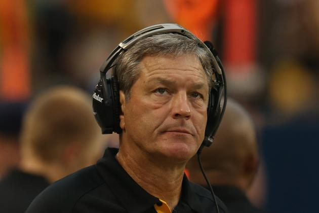 Iowa Football: Is Kirk Ferentz's Offensive System Outdated?