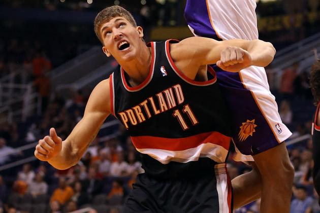 Meyers Leonard Leaves Preseason Game with Contusion