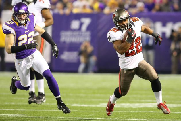 Why the Buccaneers Should Build Team Around Doug Martin, Not Josh Freeman