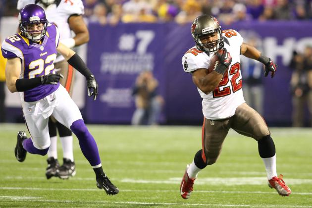 Evaluating Doug Martin's Fantasy Value After Breakout Game vs. Vikings