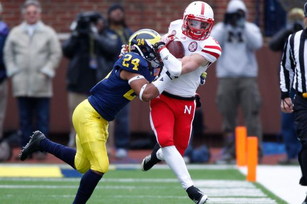 Huskers Need Quick Push to Join Big Two in Big Ten's Fast Lane