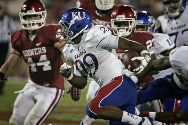 Kansas Jayhawks: Charlie Weis Should Go Run-Heavy Against Texas
