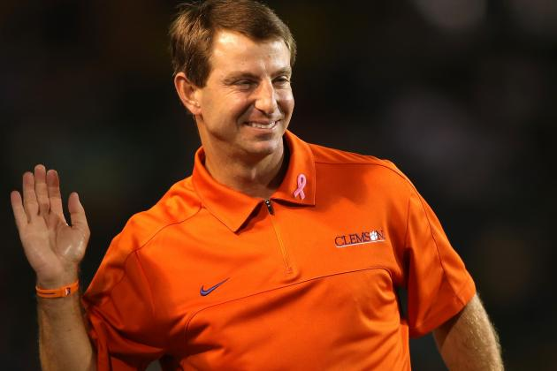 Young Clemson Defenders Are 'figuring It Out,' Dabo Swinney Says