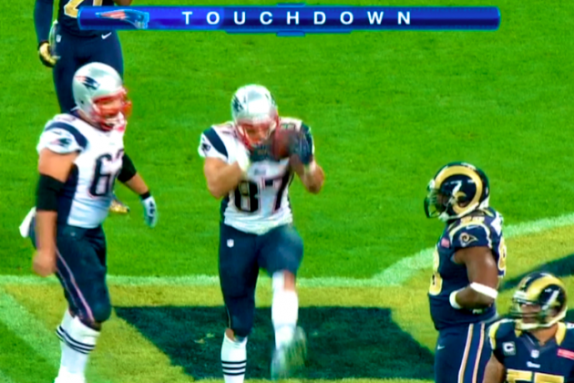 Patriots vs. Rams: Rob Gronkowski Celebrates Touchdown Like London Soldier