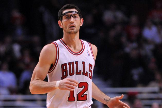 Bulls Guard Kirk Hinrich Limited in Practice