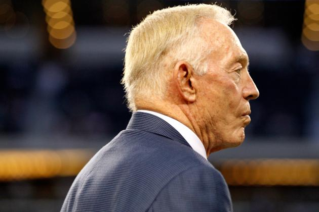 2012 Dallas Cowboys: This Can't Be What Jerry Jones Envisioned, Right?