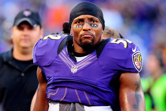 Ray Lewis Given National Wrestling Hall of Fame's Outstanding American Award