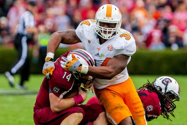 Tennessee Trying Fresh Faces to Solve Defensive Woes