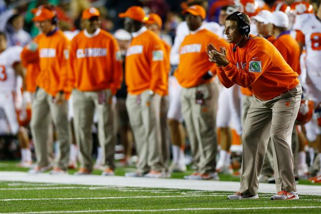 Swinney Wants Clemson Focused on November to Remember