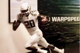 Oregon Football: Wearing All White