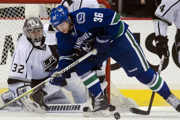Canucks' Hansen Inks Deal with Finnish Team