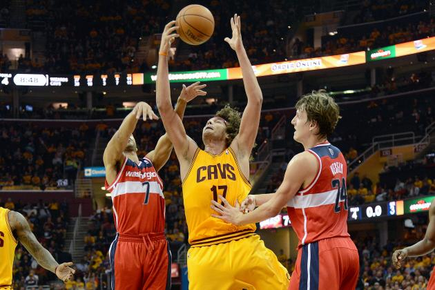 Varejao Grabs 23 Rebounds, Irving Scores 29 Points in Cavs Win over Wizards