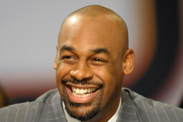 Donovan McNabb Defends Michael Vick