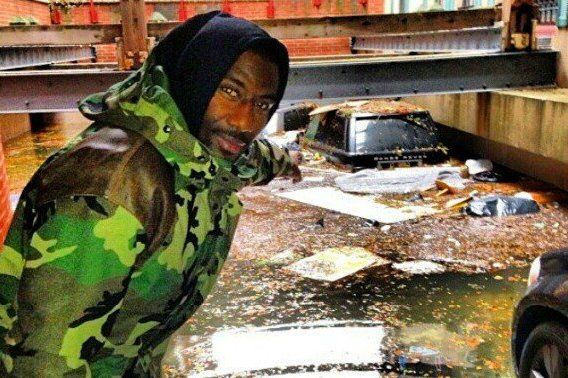 Amar'e Stoudemire's Range Rover Is Currently Under Water