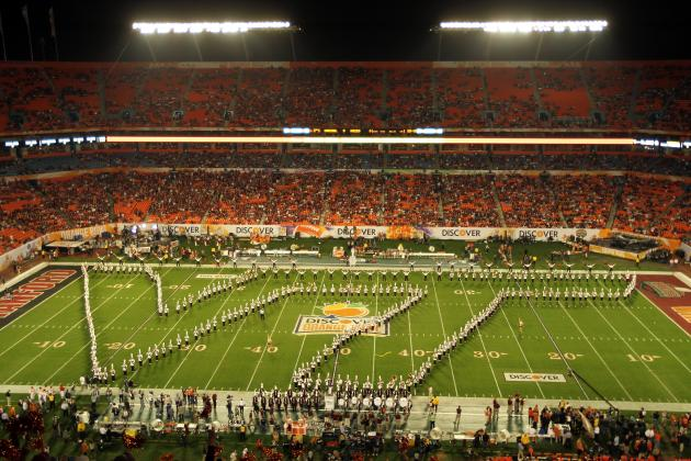 Hokies, Canes Fight for Coastal Division Lead