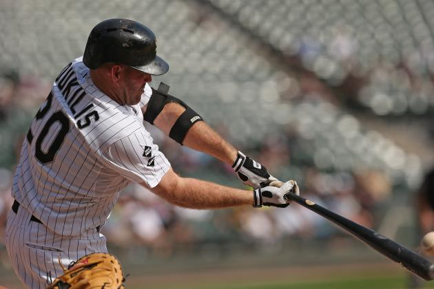 2012 MLB Offseason: Why the Phillies Need to Pursue Kevin Youkilis
