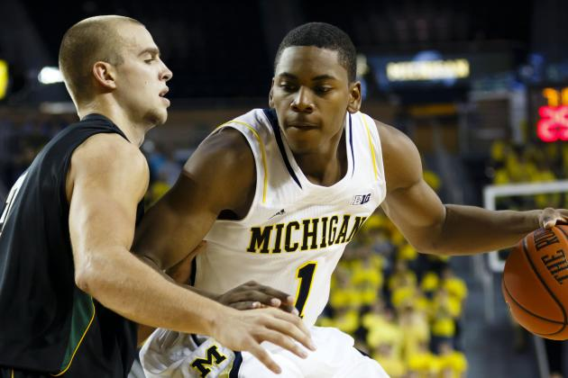 Michigan's Talented Freshmen Five Show Ability, Poise in College Debut