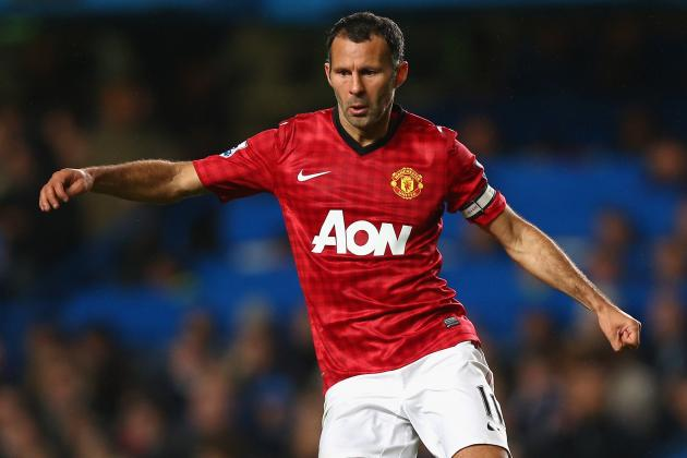 Ryan Giggs Believes Robin Van Persie Has Given Manchester United a Lift
