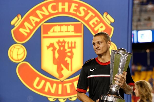 Nemanja Vidic Suffers a Setback in His Recovery from Knee Injury