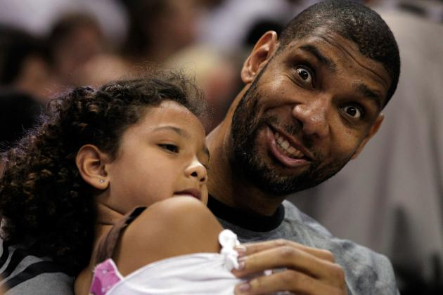 Tim Duncan: The San Antonio Spurs' Old Man Still Has Game