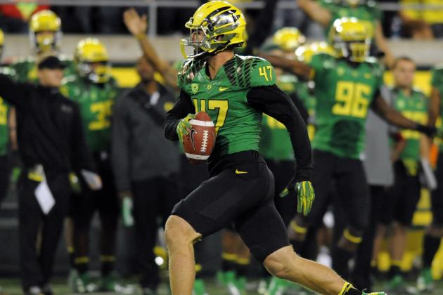 Signs Point to Ducks Having All Hands on Deck When They Face Trojans