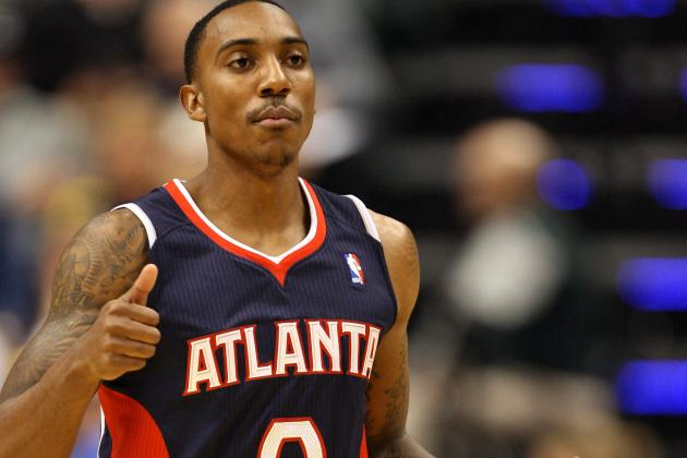 Jeff Teague Throws Down Moster Dunk vs. Rockets