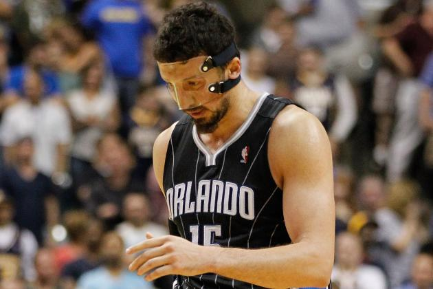 Hedo Turkoglu Suffers Broken Hand