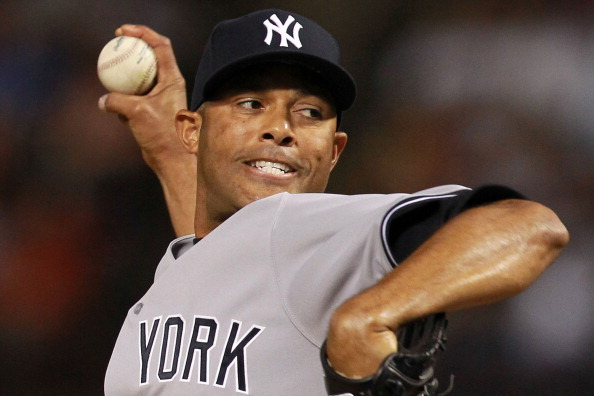 Mariano Rivera Tells New York Yankees He Plans on Pitching in 2013