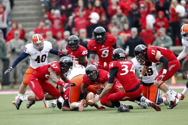 QB Kay comes off bench, leads Cincy by Cuse