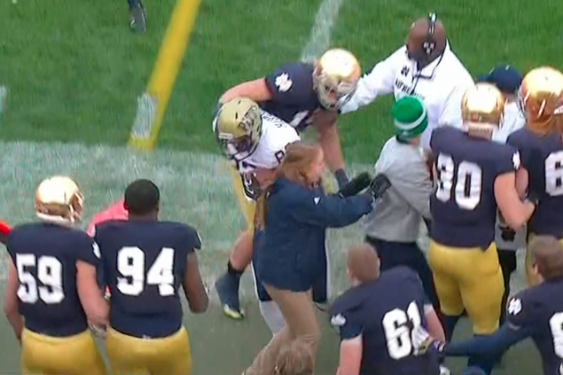 Notre Dame vs. Pittsburgh: Athletic Trainer Gets Crushed by Tight End