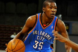 Video: Kevin Durant Drops Sasha Pavlovic with the Crossover