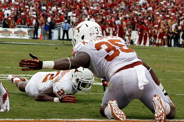 Texas LB Kendall Thompson Carted off Field vs. Texas Tech