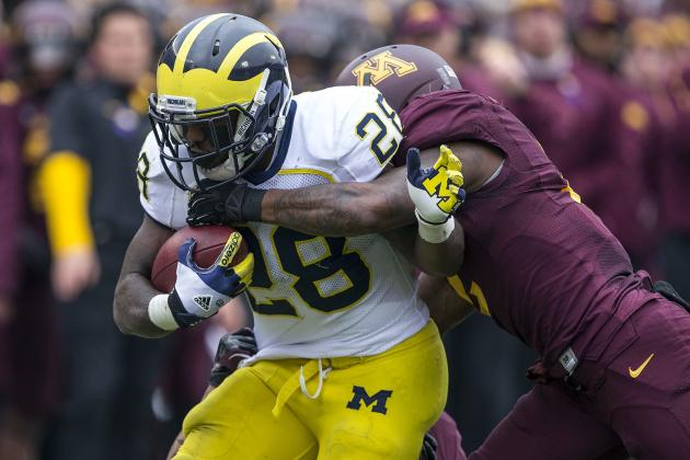 Michigan Splits Carries Between Rawls, Toussaint and Gets 100-Yard Effort