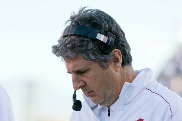 Leach Rips Players, but Needs to Look at Himself, Too
