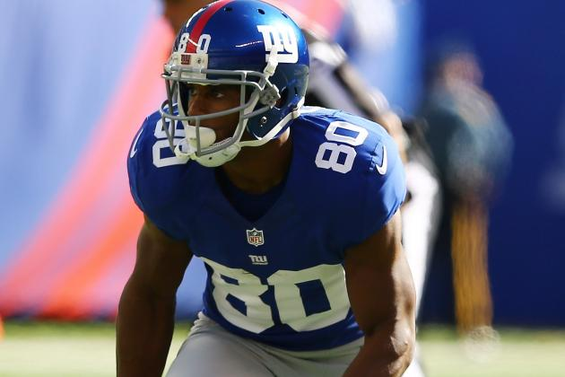 Victor Cruz Returns to Game in 2nd Quarter