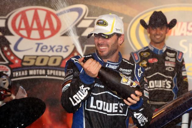 Jimmie Johnson Holds off Brad Keselowski at Texas