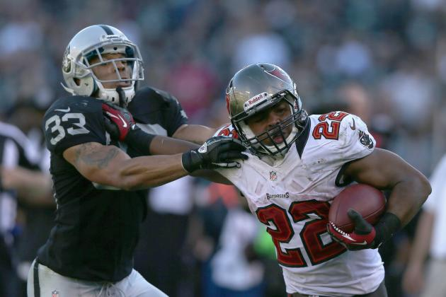 Fantasy Football Week 10: Doug Martin Is a Must-Start from This Point Forward