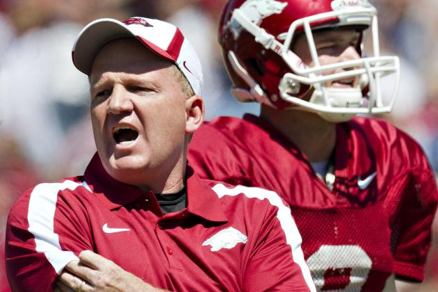 Arkansas Football: Can Paul Petrino Be Blamed for Offense's Struggles?