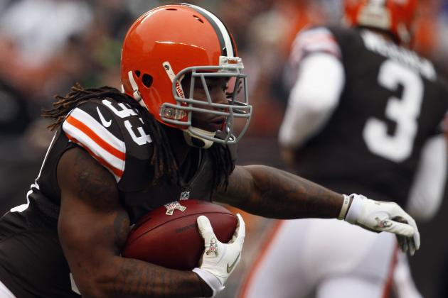 Richardson Tied Browns' Rookie Record with Another 100-Yard Game