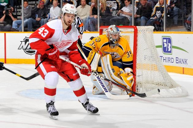 Red Wings' Darren Helm Won't Need Surgery for Fractured Cheekbone