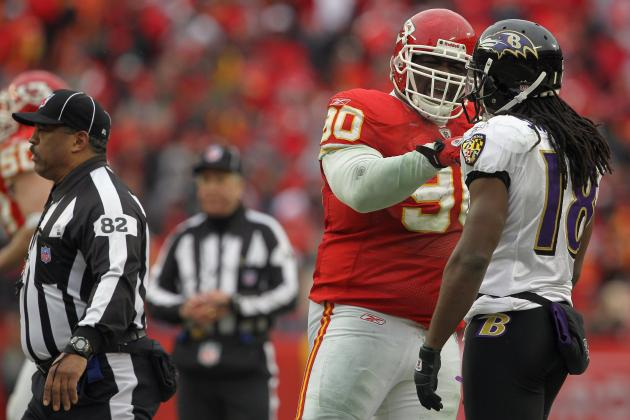 Chiefs Finally Bring Back Shaun Smith