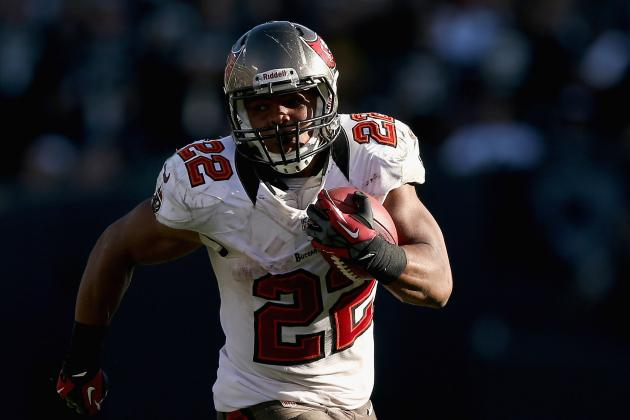 Bucs Notes: RB Martin Uses Instinct on Record-Setting Runs