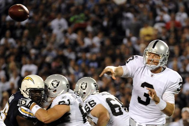 Oakland Raiders: Carson Palmer Misses Golden Opportunity